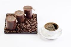 Cuvette de café avec des décorations photographie stock