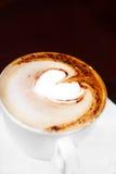 Cuvette de café avec du lait Photos stock