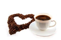 Cuvette de café avec le coeur de la Co Photographie stock libre de droits
