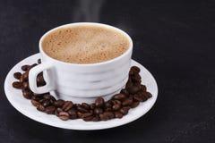 Cuvette de café chaud image stock