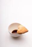 Cuvette de café et de biscuits Photos stock
