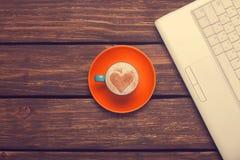 Cuvette de café et de cahier Photo libre de droits