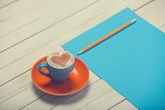 Cuvette de café et de papier Image libre de droits