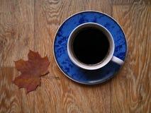 Cuvette de café noir Photographie stock