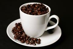 Cuvette de café sur le noir Image stock