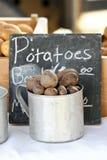 Cuvette de pommes de terre Photos libres de droits