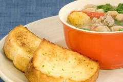 Cuvette de soupe aux fèves Images stock