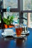 Cuvette de thé chaude Photo stock