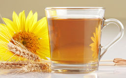 Cuvette de thé de fleur Photo libre de droits