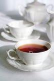 Cuvette de thé frais et cuisant à la vapeur. Photo stock