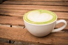 Cuvette de thé vert image stock