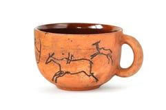 Cuvette fabriquée à la main de poterie de terre dans le type antique d'art Images stock
