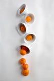 cuvettes avec des mandarines Images stock