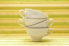 Cuvettes blanches de porcelaine Images stock