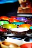 Cuvettes colorées Image libre de droits