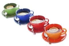 Cuvettes de thé colorées Photographie stock libre de droits
