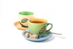 Cuvettes de thé colorées image stock