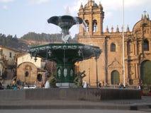 cuzco喷泉秘鲁广场 免版税库存照片