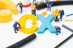 CX, Kunden-Erfahrungskonzept, Miniaturzahl Arbeitskraftgeb?udealphabet CX in der Mitte, wichtig vom Kunden zentral stockbilder