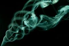 Cyan-blaue Rauchzusammenfassung Stockfotos