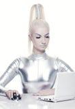cyber jej laptopu kobiety działanie Zdjęcie Royalty Free