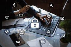 Cyber ochrona, dane ochrona, ewidencyjny bezpieczeństwo i utajnianie, fotografia stock