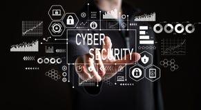 Cyber ochrona z biznesmenem zdjęcie stock