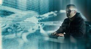 Cyberattack i cyberspace arkivfoton