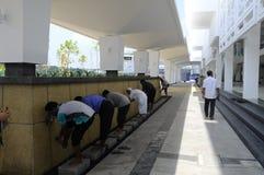 Cyberjaya清真寺的洗净液在Cyberjaya,马来西亚 免版税库存照片