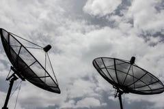 cyberspacen för kommunikationen 3d framför satelliten Royaltyfri Foto