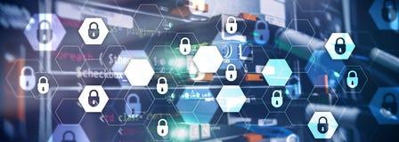 Cyberveiligheid, gegevensbescherming, informatieprivacy Internet en technologieconcept De serverruimte van de websitekopbal stock afbeeldingen