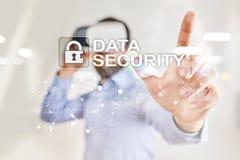 Cyberveiligheid, Gegevensbescherming, informatieveiligheid en encryptie Internet-technologie en bedrijfsconcept royalty-vrije stock foto's