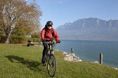 Cyckling de Lake Mondsee Imagen de archivo