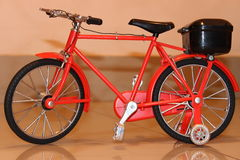 Cycle de Mini Toy By Photo stock