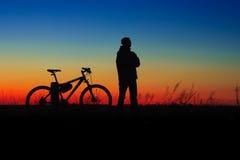 Cyclersilhouet Royalty-vrije Stock Afbeeldingen