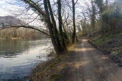 Cycleway κατά μήκος του ποταμού Adda στοκ φωτογραφίες με δικαίωμα ελεύθερης χρήσης