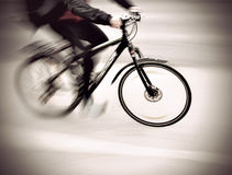 Cyclist in blurred motion Royalty Free Stock Photography