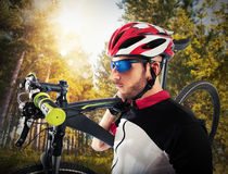 Cyclist and his mountain bike Royalty Free Stock Photos