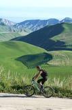 Cycliste de montagne Images libres de droits