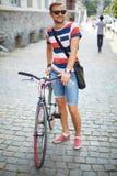 Cycliste en parc Photos libres de droits