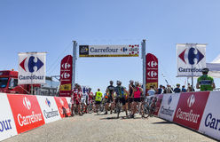 Cyclistes amateurs sur le col de Pailheres Photo stock