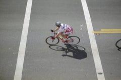 Cyclistes d'amateur d'hommes Photographie stock libre de droits