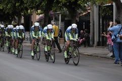 Cyclistes dans le d'italia de chèques postaux Image stock
