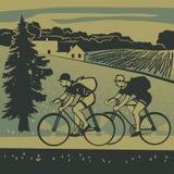 Cyclistes voyageant dans le pays Images libres de droits
