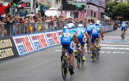 Cyclists in finishing line Royalty Free Stock Photos