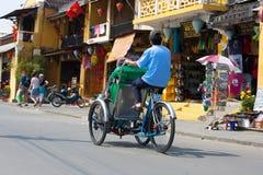 Cyclo водители в Вьетнаме Стоковая Фотография