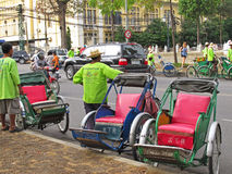 Cyclos en Phnom Penh, Camboya Imágenes de archivo libres de regalías