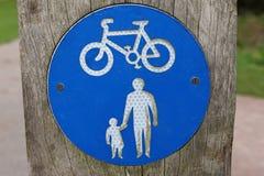 Cyclus en voetteken stock fotografie