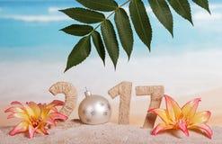 217 cyfr splatających z sznurka i nowego roku piłką z zamiast Obrazy Stock