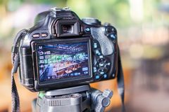 Cyfrowe kamery biorą obrazki, zgłaszają sety, krzesła obraz royalty free
